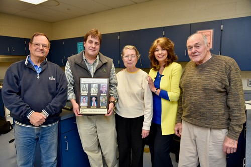 Independence High School Alumni Association Recognizes Scott Maretka as Educator of Excellence Scott Maretka receives Alumni Award