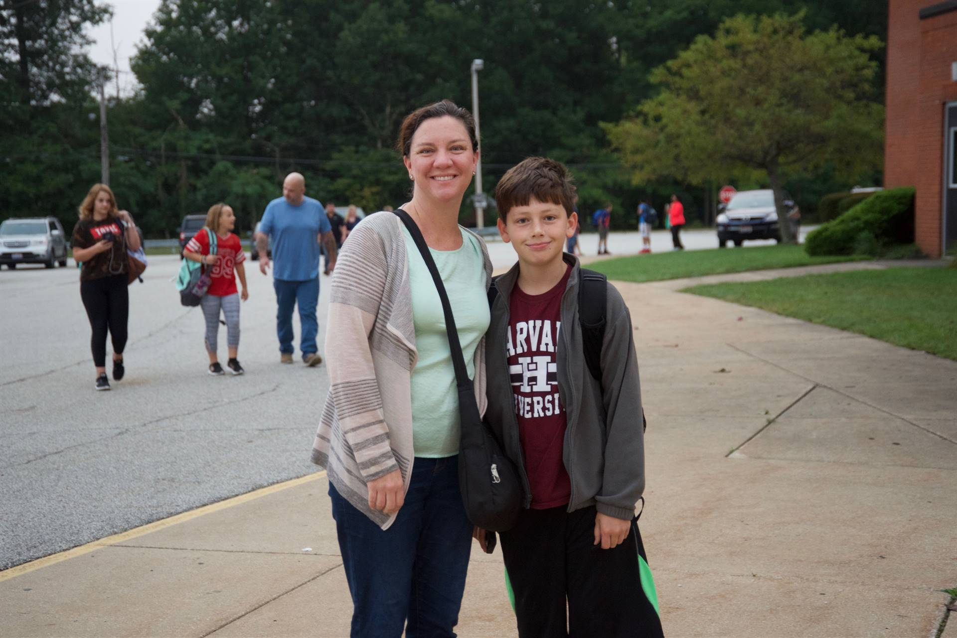 Independence Middle School Walk to School Day